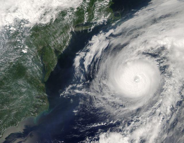 Hurricane_alex2_2004